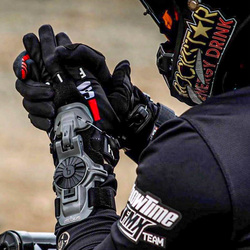 Motocross Wrist Braces: Why You Need One