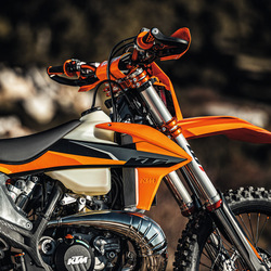Changing Dirt Bike Brands? Here's What You Need to Consider